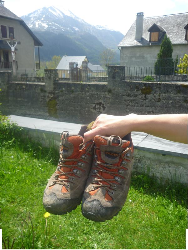 Chaussures adaptées