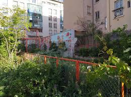 Le développement durable et le développement soutenable en ville.