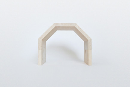 http://www.whiskingwoodworks.com/Polygonal-Tunnel