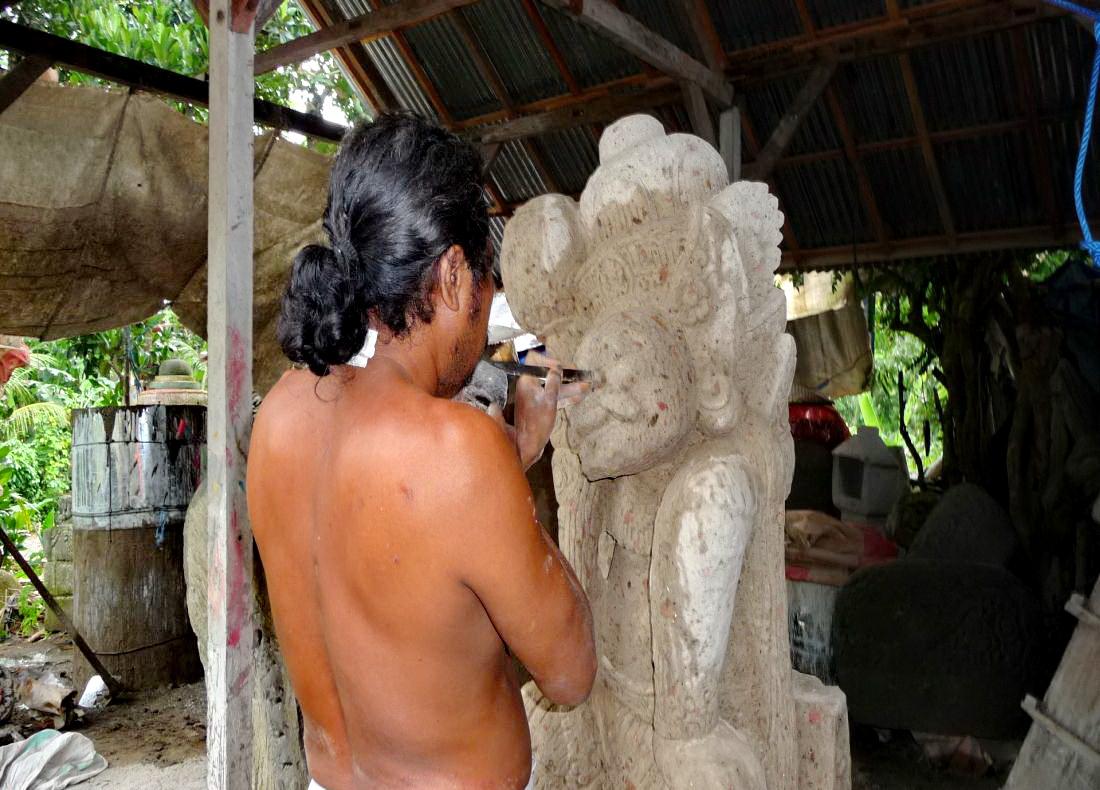 Kunst auf Bali / Steinarbeiten