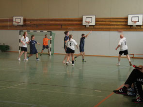 Bild: Handball Freiwurf Hamburg-Liga in Eidelstedt beim SV E
