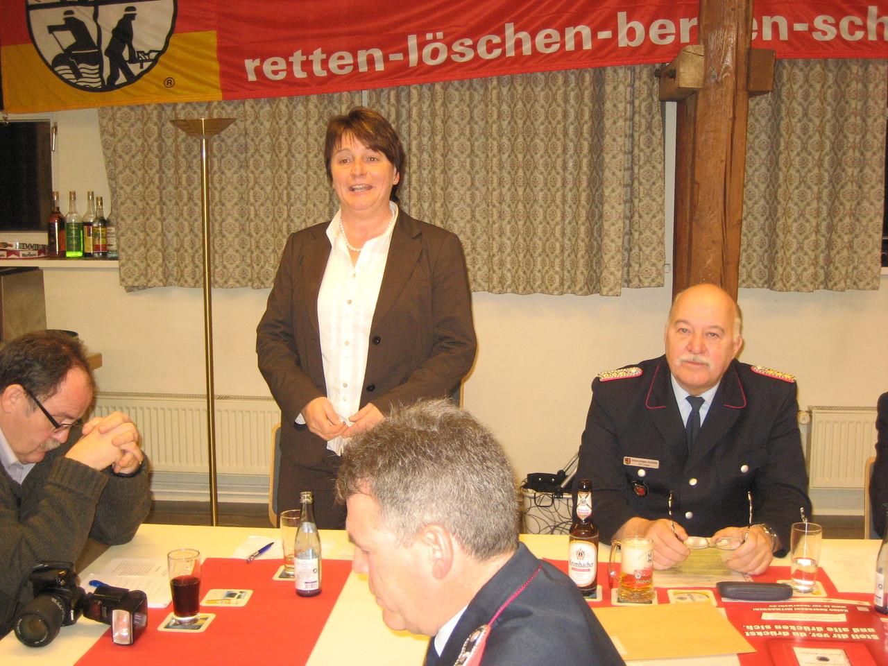 Frau Almut Broian ( stelv. Bürgermeisterin Vienenburg )