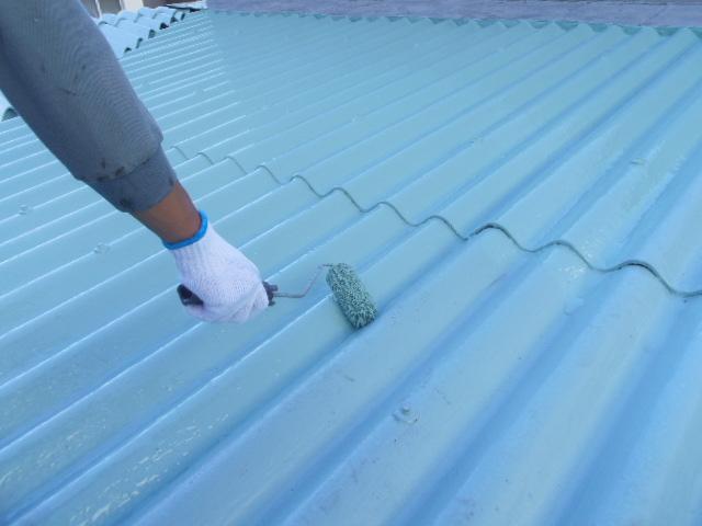 高強度型1液ウレタン塗膜防水 二層目塗布