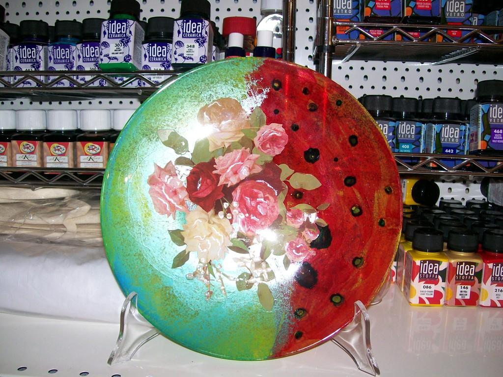 Piatto in vetro  tecniche miste (dec.,bubble,colori mix parl Arte' e foglia arg.)