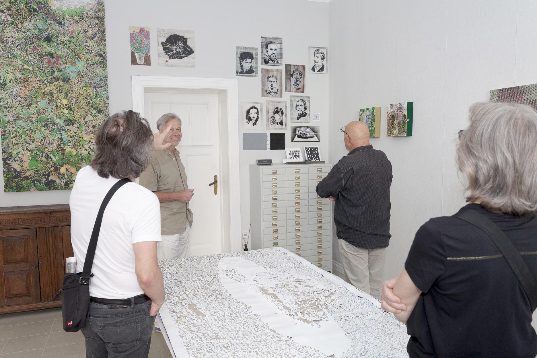 Atelierspaziergang am 14.08.2021, mit Dr. Peter Funken, Atelier Mahlow