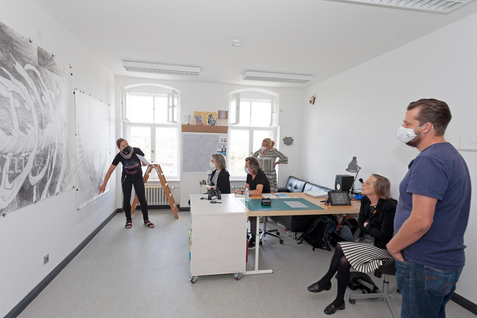 Atelierspaziergang mit Dr. Dorothée Bauerle Willert, Atelier Tatjana Preuss