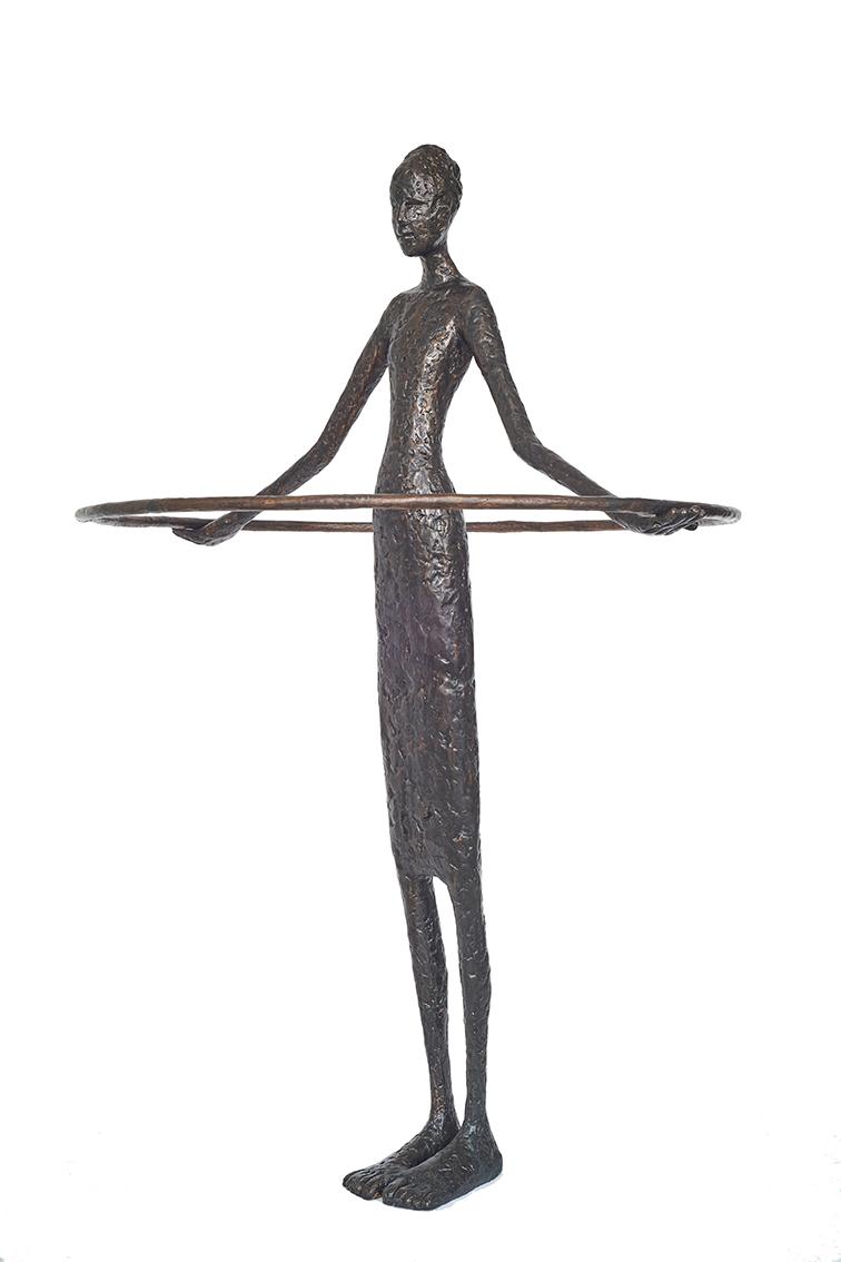 "Tina Heuter, ""Social Distance"", 2021, Bronze, 170cm"