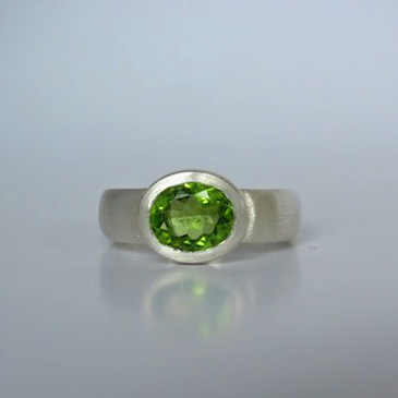 Ring-Silber-Peridot