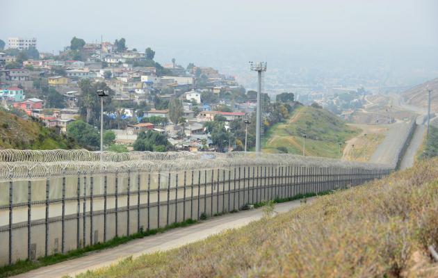 Mur anti immigration entre San Ysidro et Tijuana (Mexique) (photo internet)