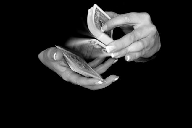close up Hände einer Zauberin