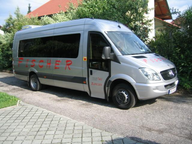 Komfortabel und modernste Ausstattung: Unser Kleinbus