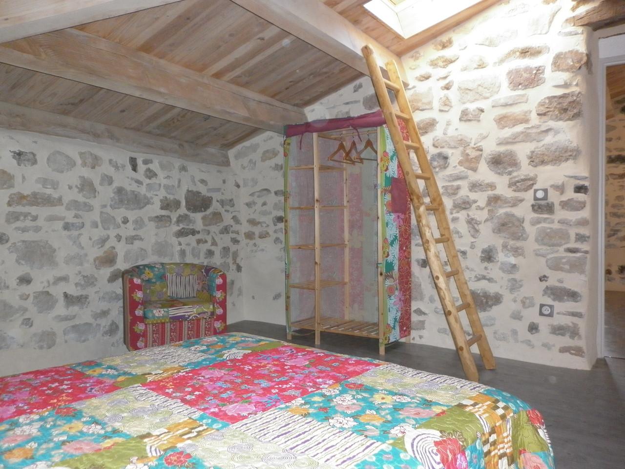 une des chambres du gîte de Coustillou