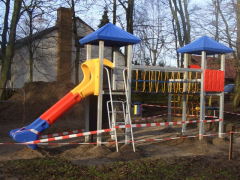 Neues Klettergerüst für die Grundschule am Grünen Weg
