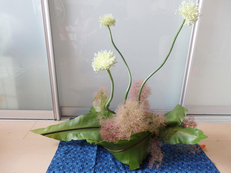 個性的な花材を使って、生けてみよう♪