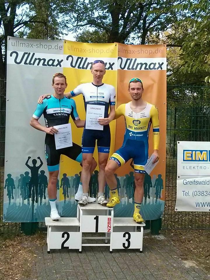 Janko 3. im Kriterium der Ullmax Radsporttage