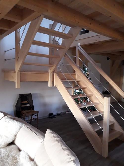 Escalier demi-tour avec palier