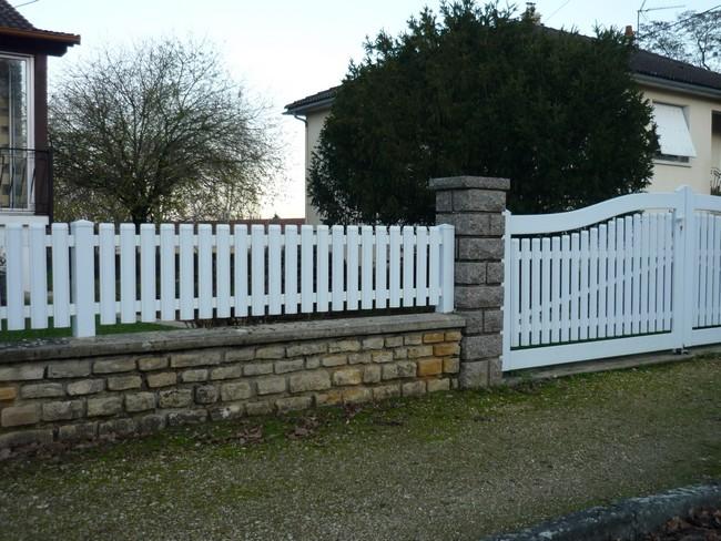Portail et clôture PVC