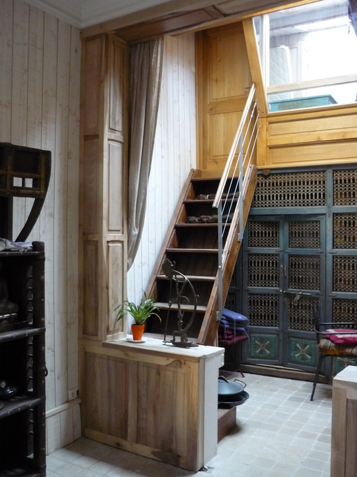 Bibliothèque et espaces de rangement