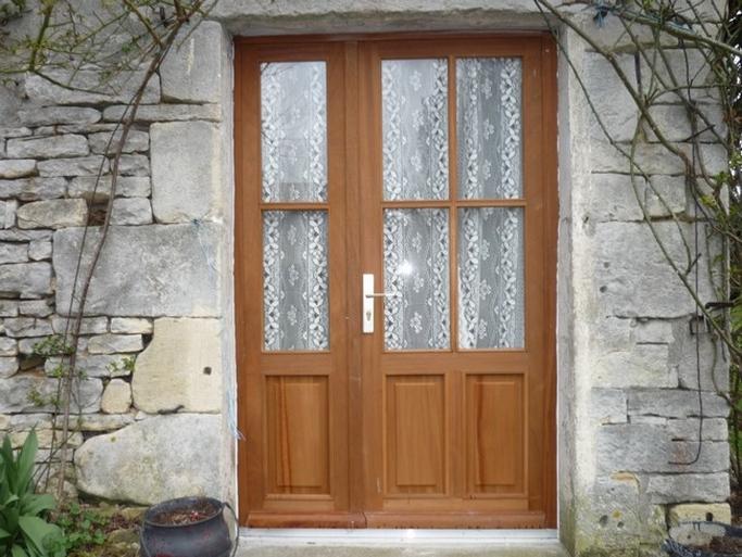 Porte fenêtre tiercée et vitrée