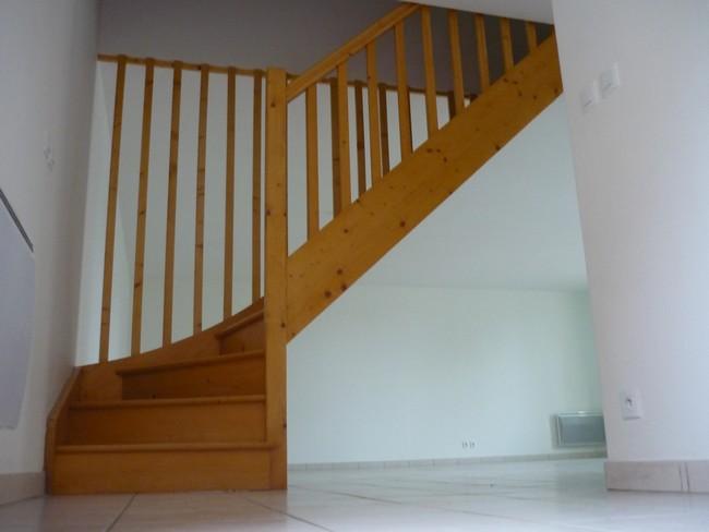 Escalier quart tournant en sapin