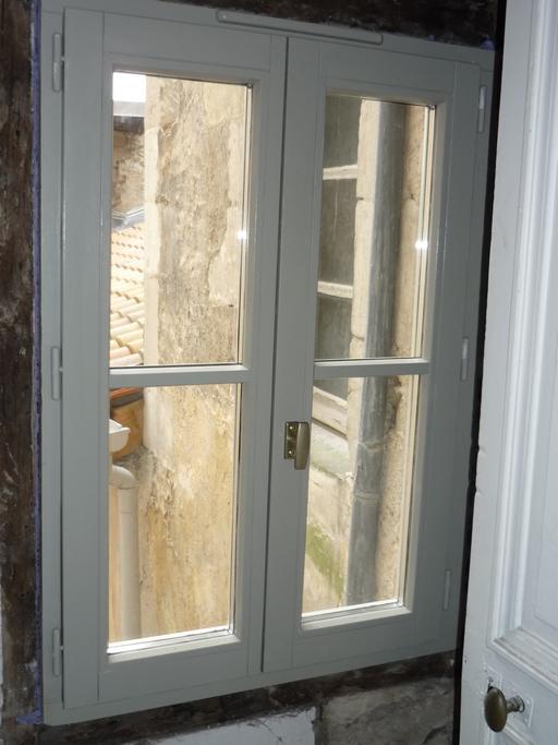 Fenêtre petits bois collés