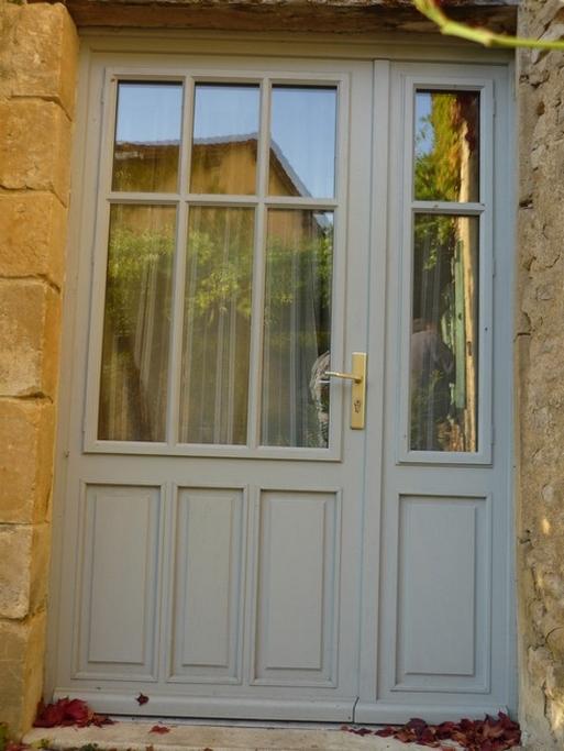 Double porte fenêtre tiercée avec panneau mobile