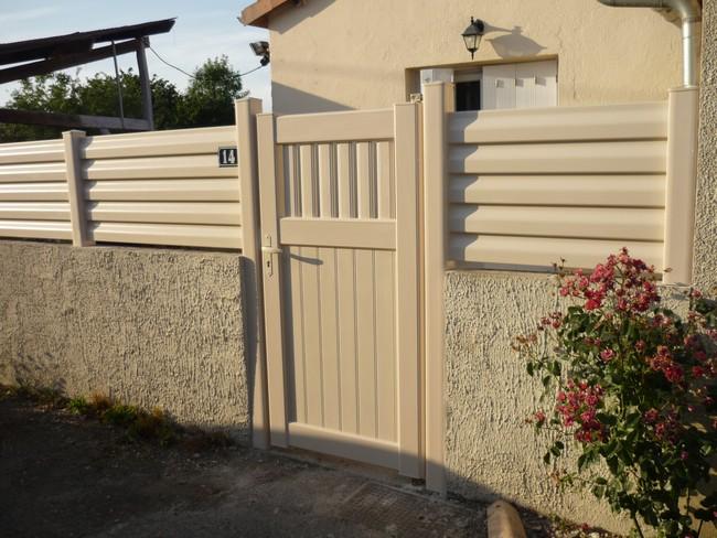 Clôture et portillon PVC