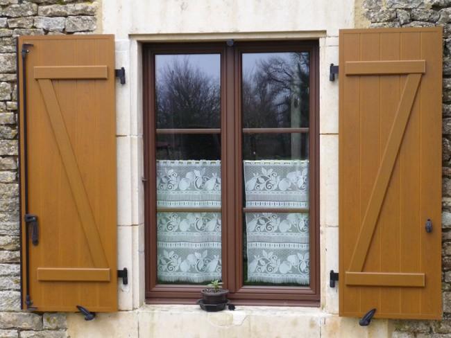 Fenêtre mixte avec volets battants