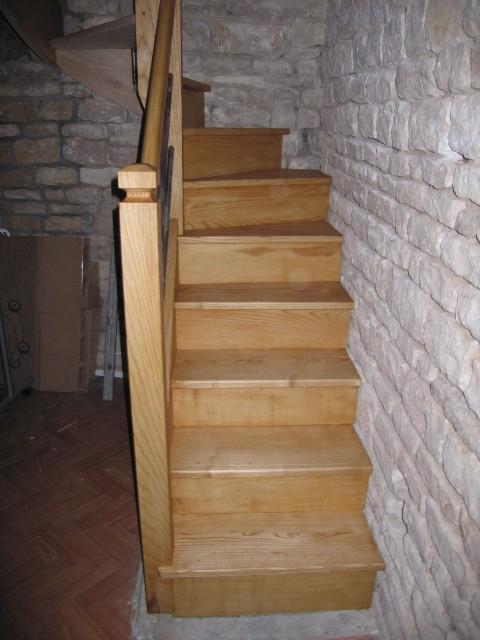 Escalier demi-tour en frêne