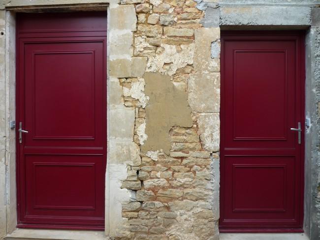 Porte d'entrée mixte avec panneaux