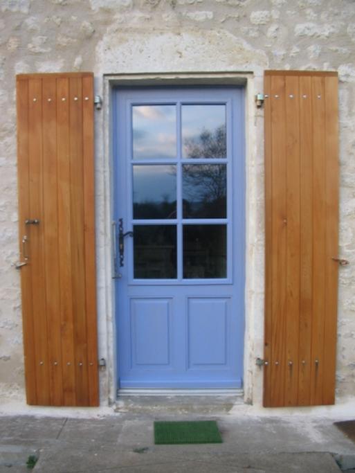 Porte bois peinte