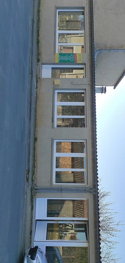 Nouveaux bureaux à l'emplacement de l'ancien atelier