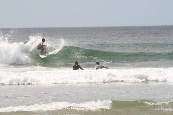 y otra ola