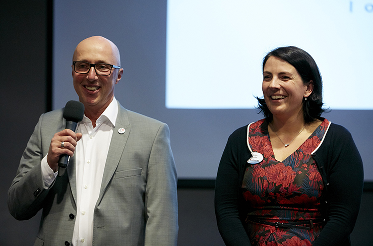 Jens Elkemann und Ragna Werler von Fliegel Textilservice