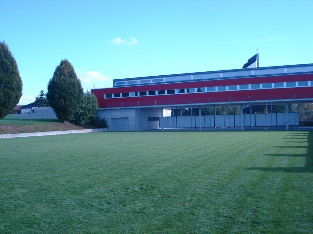 Spielwiese / Fussballplatz