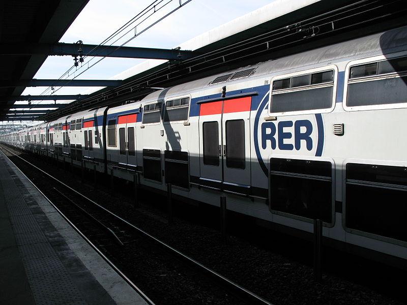 Le RER, pire ennemi du candidat au concours en Ile-de-France (source : Wikimédia Commons)