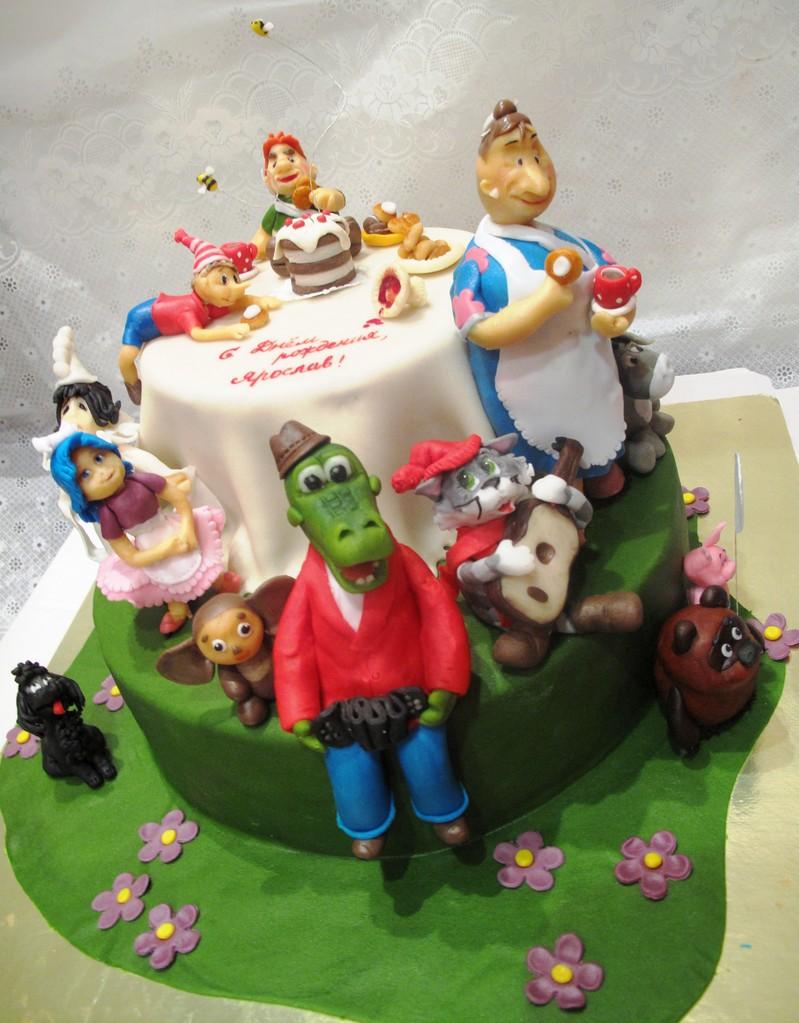 торт со сказочными персонажами своими руками фото