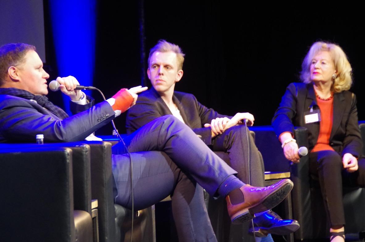 Dr. Carsten Brosda im Gespräch mit den Mitgliedern des Kulturforums und Moderator Florian Zinnecker, 2020