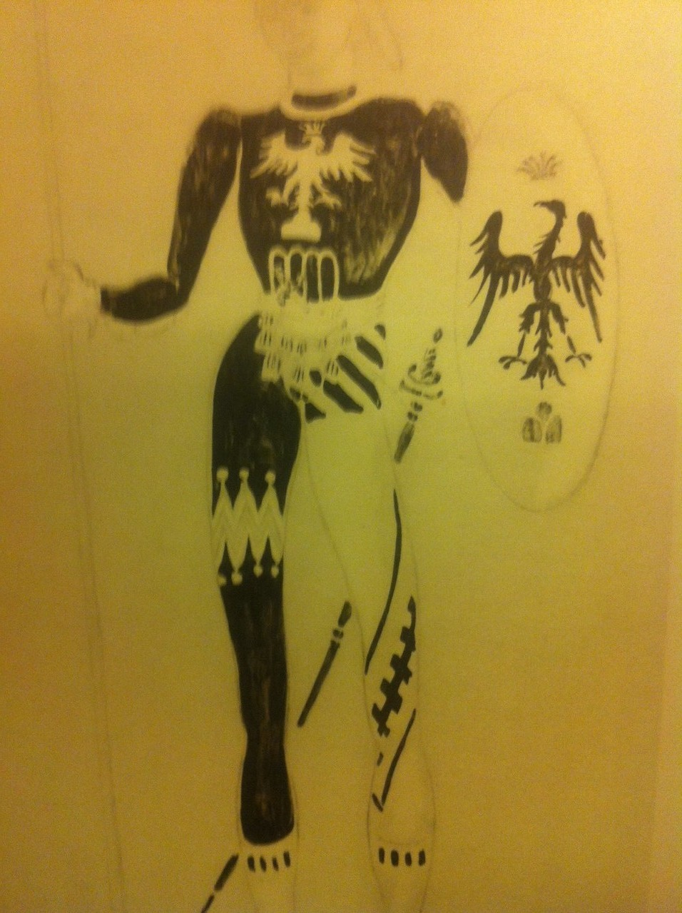 Croquis de OLIVER MESSEL pour le costume du page BALTHAZAR joué par MAURICE MURPHY
