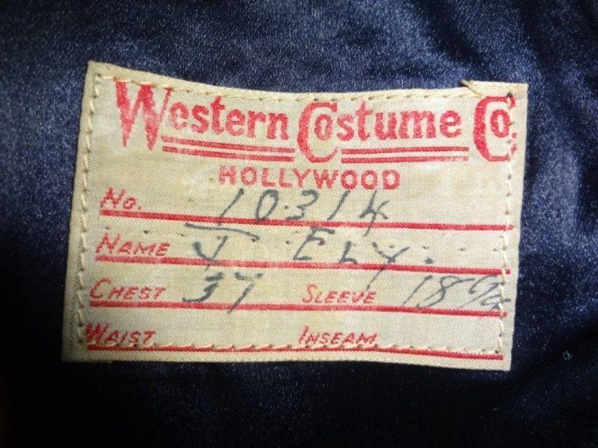 Etiquette de la WESTERN COSTUME COMPANY. Cultissime société fabriquante de costumes pour le cinéma