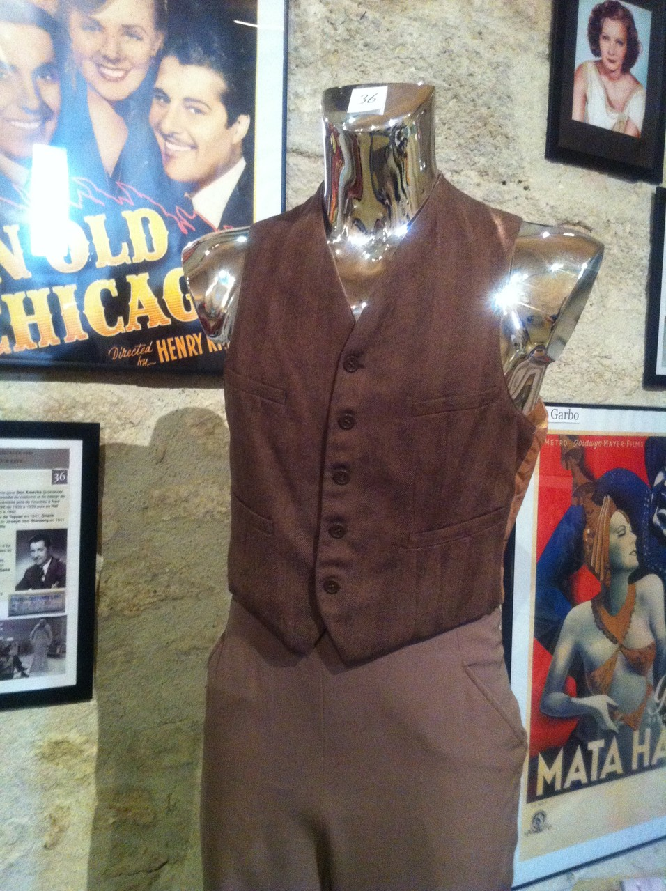 Gilet porté par DON AMECHE dans IN OLD CHICAGO