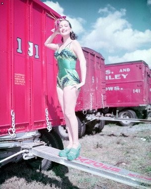 DOROTHY LAMOUR dans THE GREATEST SHOW ON EARTH