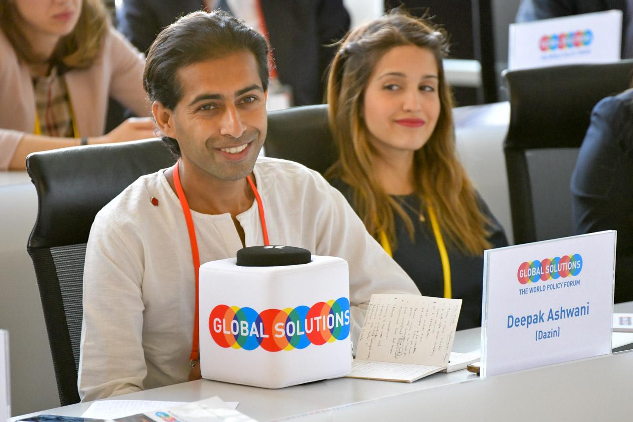 YGC Deepak Ashwani (India) presenting his project at the Implementers Forum