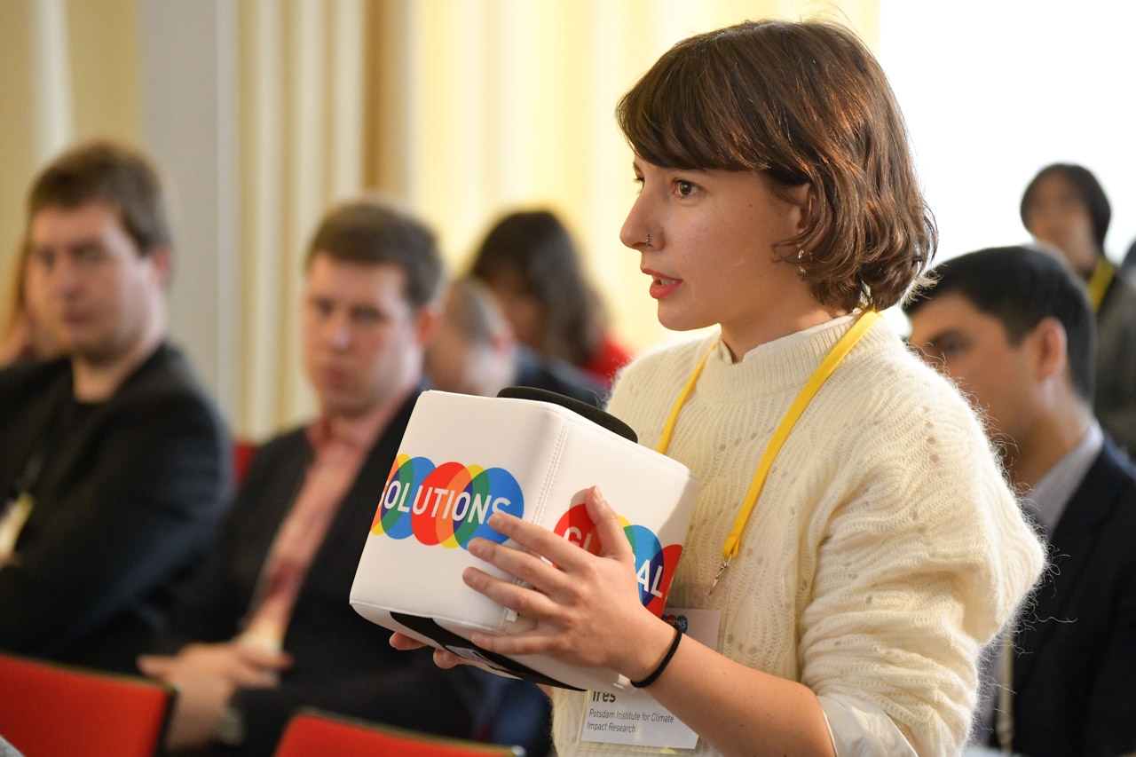 YGC Idil Ires (Turkey) asking a question during Summit session