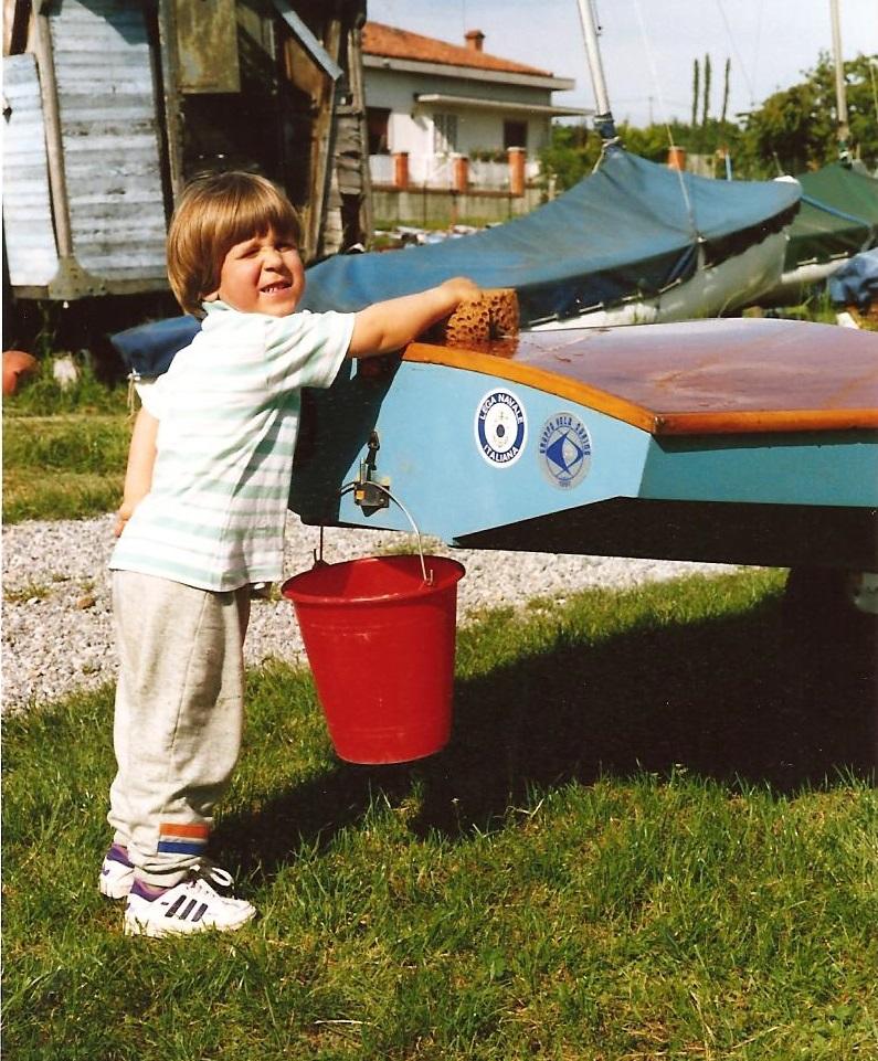 Mattia Bordon lava il Fireball di famiglia a Viverone - 1991