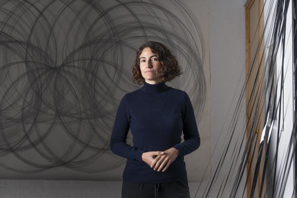 Porträt Vanessa Enriquez, Nominée Neuköllner Kunstpreis 2020,  Foto: Ines Borchart