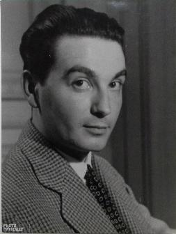 Photo de Jean Forton par Galllimard, la plus connue, mise en couverture de L'Enfant roi par les éditions du Dilettante