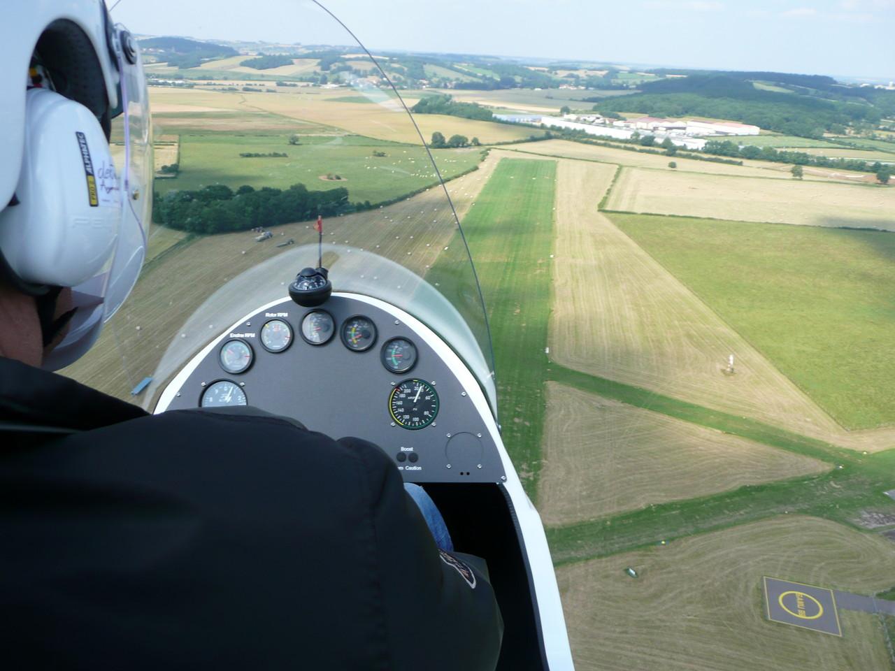 Auto-rotation sur l'aérodrome d'Avallon