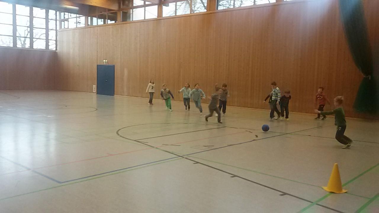 Turnhallenfußball
