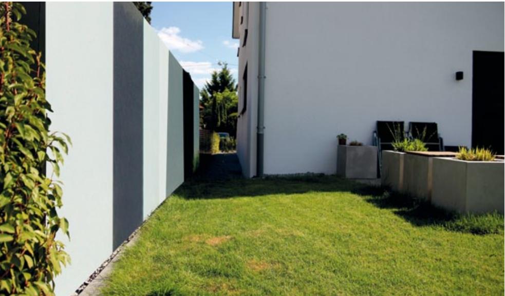 Sichtschutz aus Glas im Garten (Windschutz)